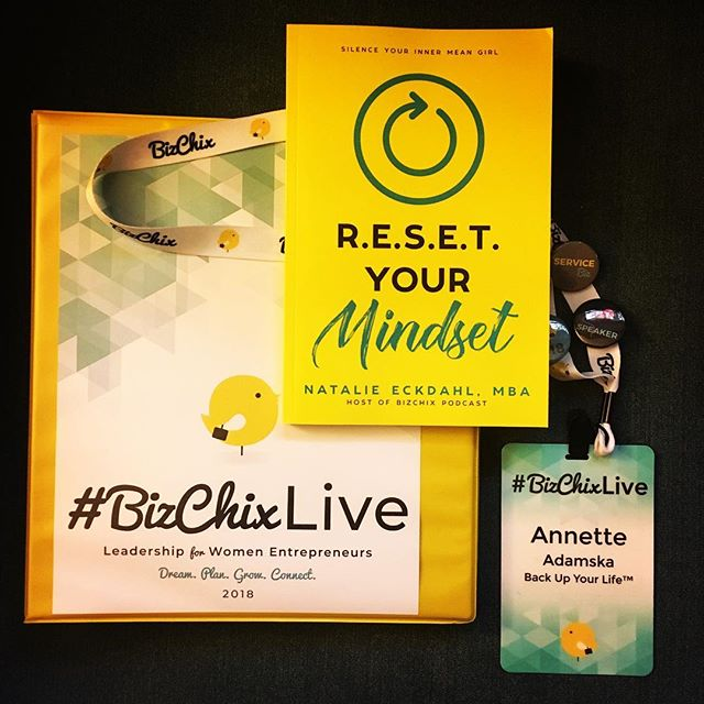 What a week! . I put my stage managerial hat back on for @bizchixpodcast and came out of retirement for BizChix Live 2018, a Leadership Conference for Women Entrepreneurs. . I met amazing, high performing business women from 30+ states and 8 countries. . I popped back into my own Zone of Genius, and it felt incredible. . I am so stoked to be making a personal pivot and adding new services under www.annetteadamska.com, where I can help creative entrepreneurs stay focused and operate in their Zone of Genius. . Life is hilarious how it finds a way to come full circle. I started off as a stage manager working with amazing creatives in the theater field. I'm now adapting that skillset to work with creative entrepreneurs. . I accept this new path with open arms, and can't wait too see where it leads.
