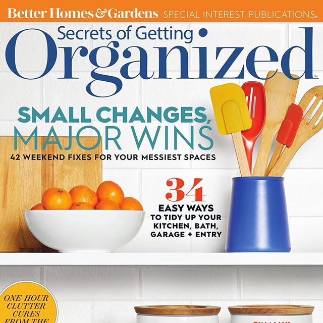 "So stoked to share a sneak peak of the Early Spring issue of @betterhomesandgardens ""Secrets of Getting Organized"" Magazine! . We are featured in the ""Sanity Savers"" section. (You know how we feel about saving ALL the sanity.) . Publication will be sold at newsstands and bookstore nationwide starting on 12/25! Make it the perfect post-holiday stocking stuffer for a loved one (or yourself.) #secretsofgettingorganized #betterhomesandgardens #magazine #publishing #sanitysavers  #spring2019 #2019 #professionalorganizer #napo #naponc #po #virtualorganizer #printedmedia #glossypages #organizer #organizers #backupyourlife #letsbackupyourlife"