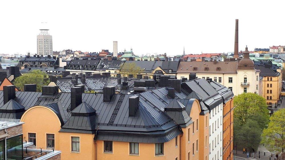 Vacker utsikt över Södermalms tak.