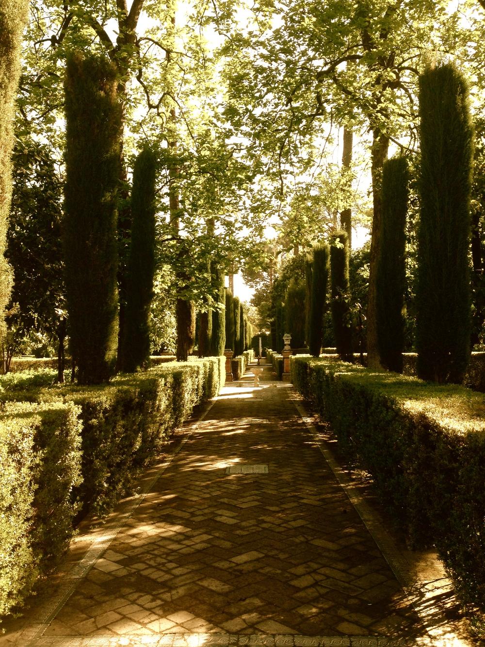 italian walkway.jpg