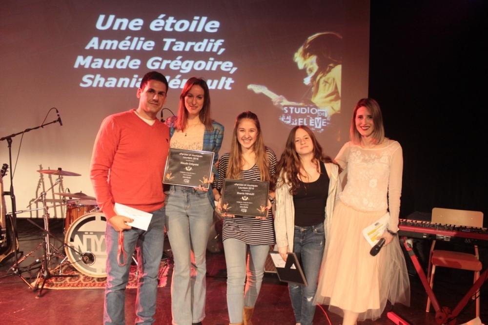 Catégorie Coup de coeur: Amélie Tardif, Maude Grégoire, Shania Hénault pour le texte Une étoile