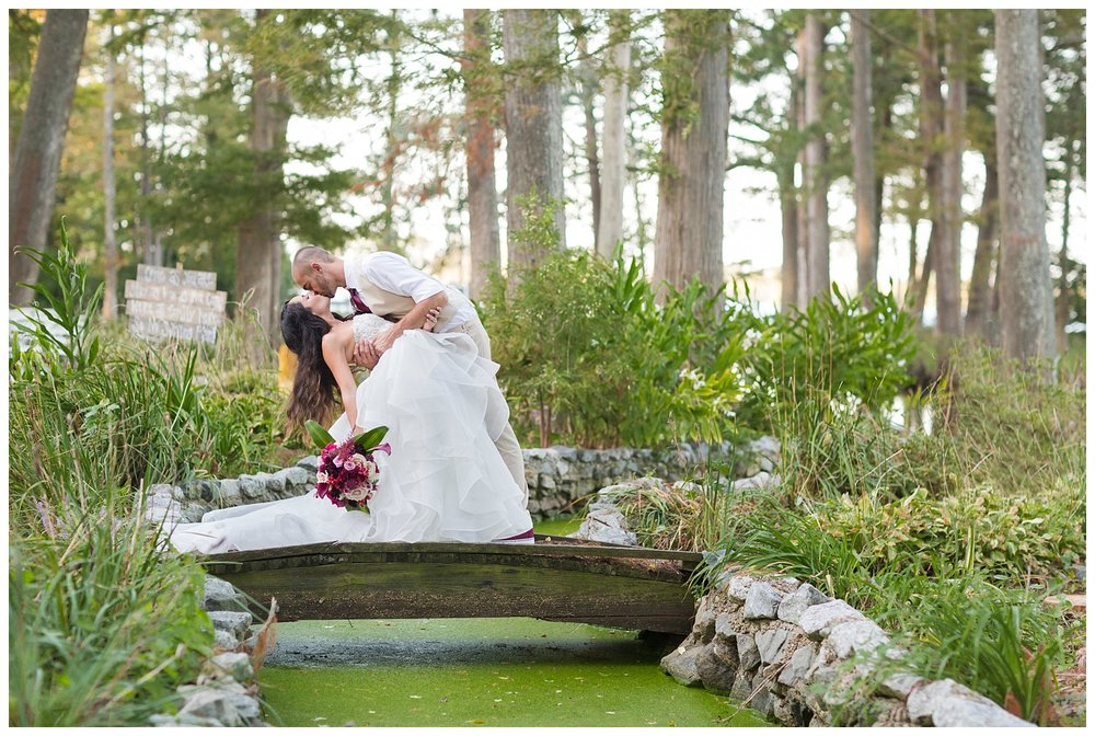 elovephotos_pond_house_inn_elizabeth_city_wedding