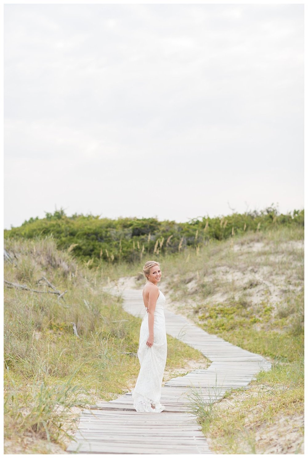 elovephotos back bay soft and romantic beach bridal session_0848.jpg