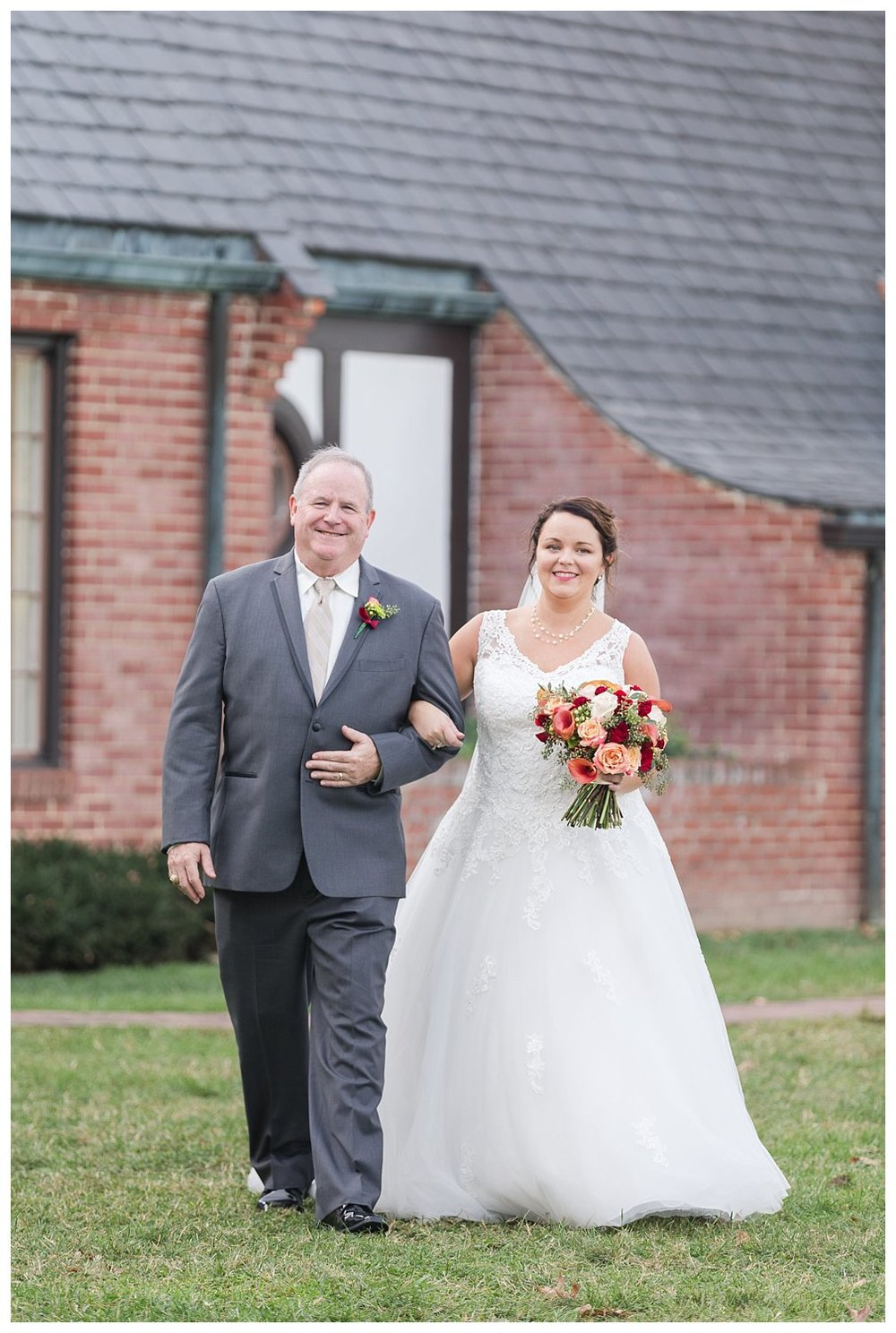 elovephotos gaie lea staunton virginia fall wedding photography_1069.jpg