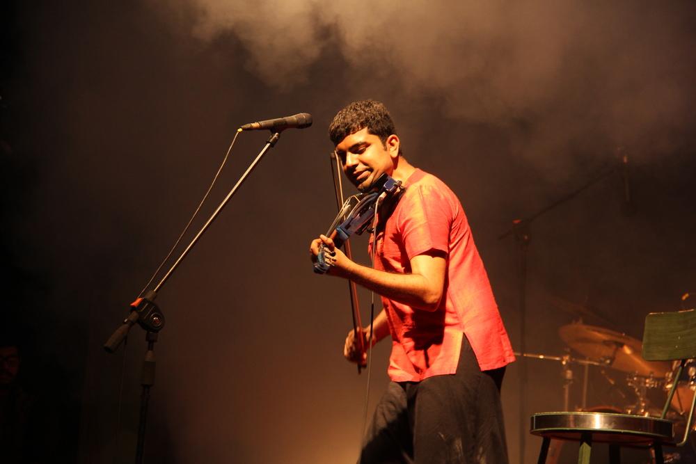 Karthick Iyer Indian Violinist
