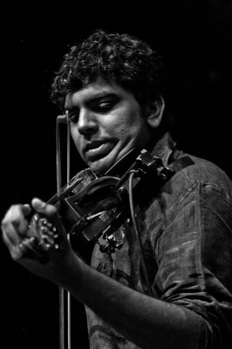 Karthick Iyer Violinist