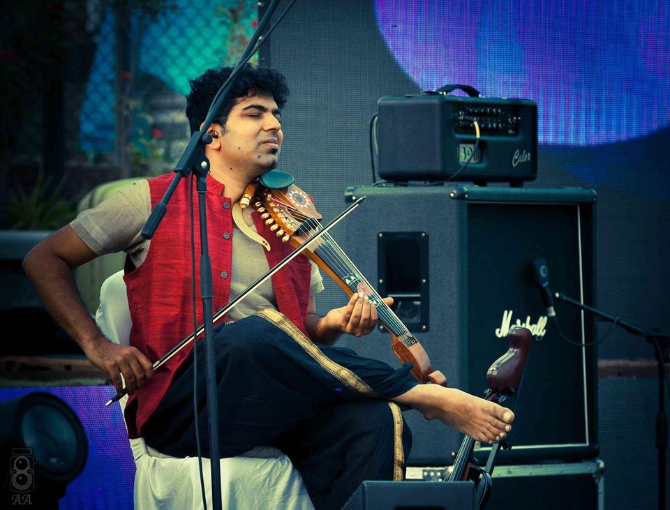 Indian Violinist Karthick Iyer | Live Music Concert