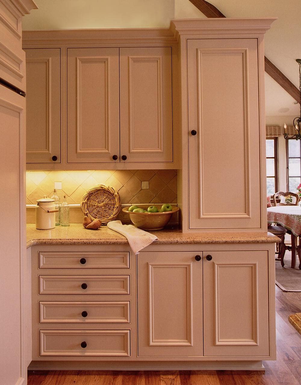 cabinet photo.jpg