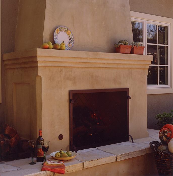 outdoor fireplace.jpeg