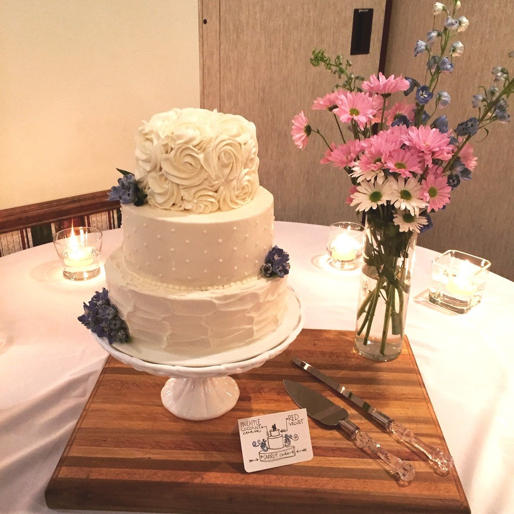 Carolyn's Wedding Cake 1.jpg