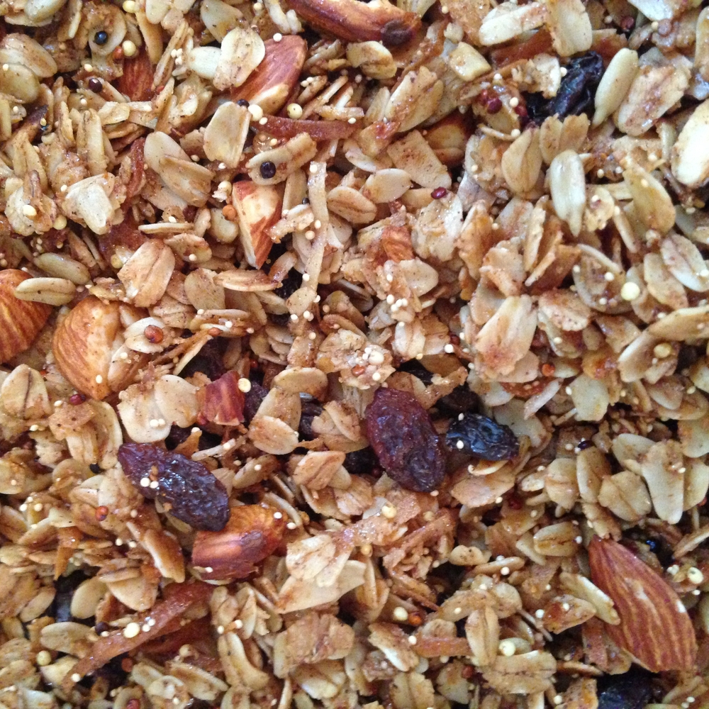 Cinnamon Almond Raisin Granola.JPG