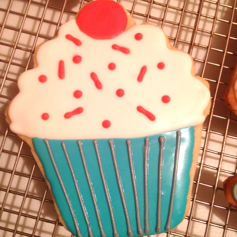 Cupcake Cookie.JPG