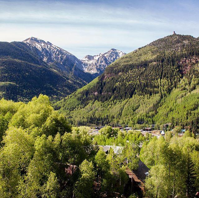Till next time, Telluride . . . . . . . .  #telluride #colorado #mountainfilm #travel #adventure #justgoshoot #liveevident #optoutisde #livefolk #weareexplorers #theoutbound #snow #mountains #love #peoplescreatives #liveevident #explorer_collective #instagram #exploretocreate #outboundexplorers #ExtraordinaryExplorer #travelasee #calledtobecreative #skiing #snowboarding #nature #keepitwild #justgoshoot