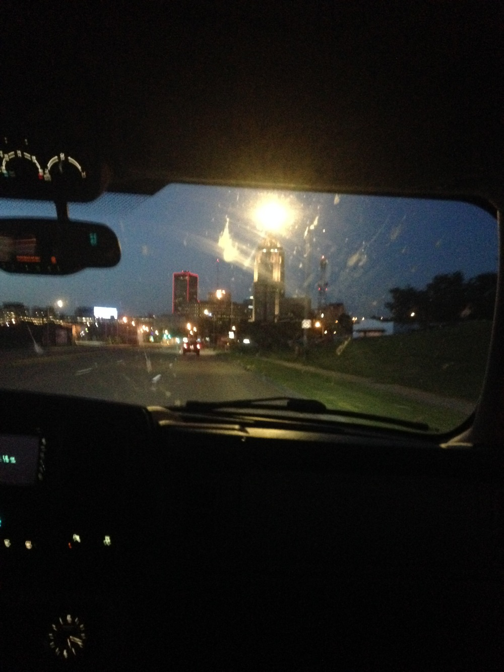 Downtown-Des-Moines.jpg