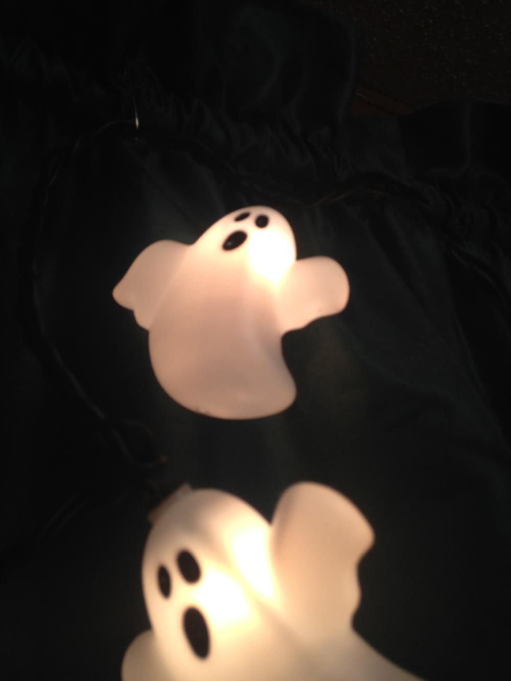 Halloween-Ghost-Decor.jpg
