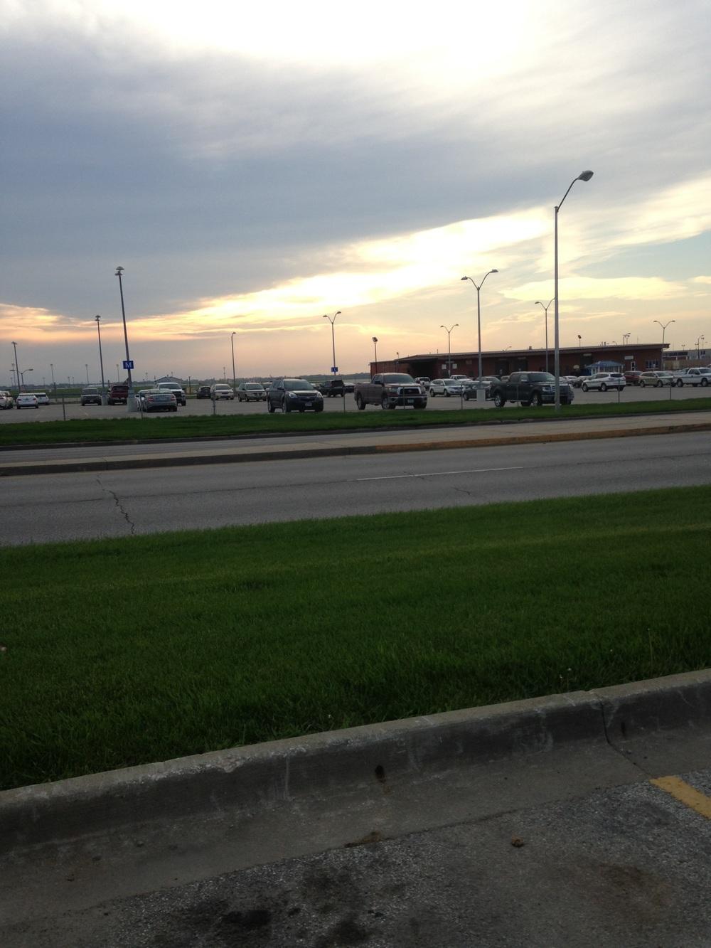 Des-Moines-Airport.jpg
