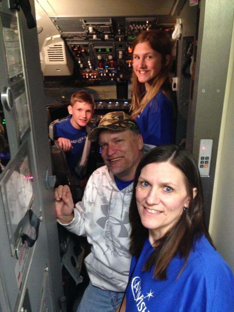Ashlee-Family-Plane.jpg