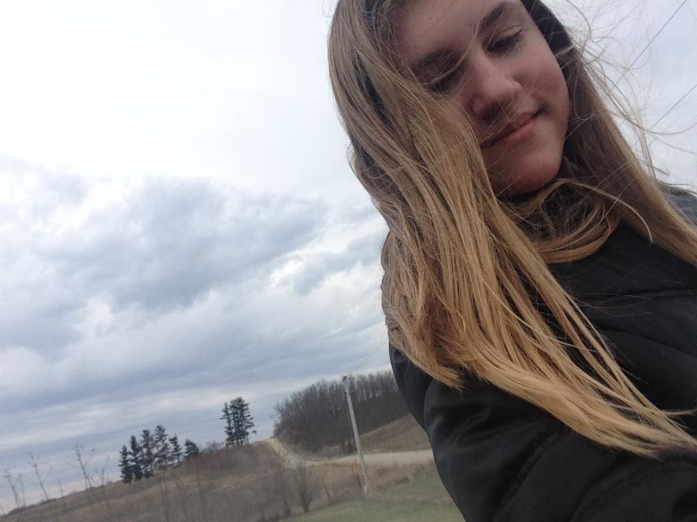 Ashlee-Windy-Day.jpg