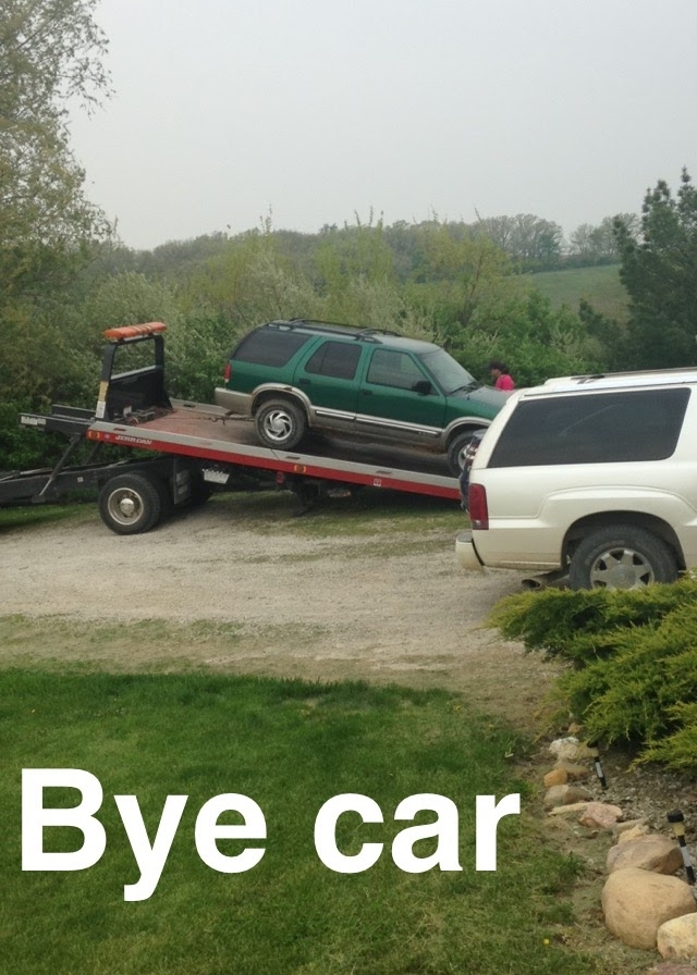 Car-Being-Hauled.jpg