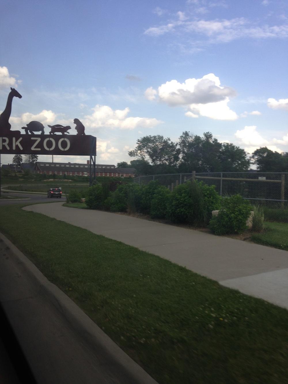 Blank-Park-Zoo-Entrance.jpg