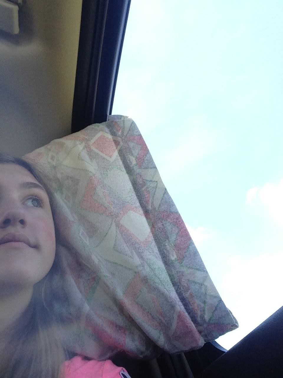 Ashlee-Looking-Out-Window.jpg