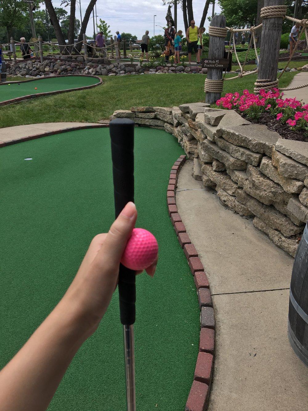 mini-golfing-arnolds-park.jpg