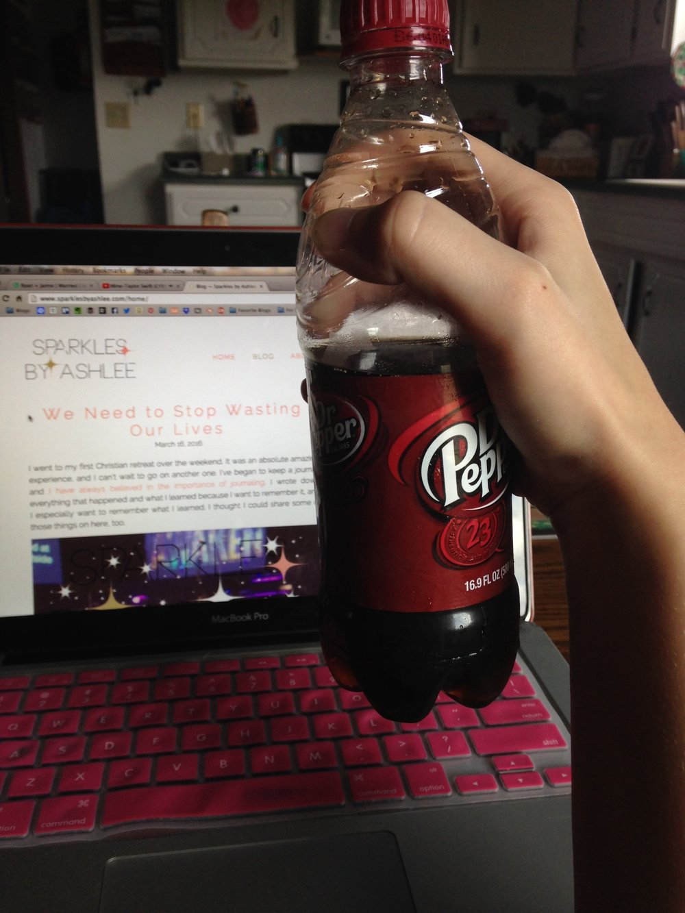 dr-pepper-laptop.jpg