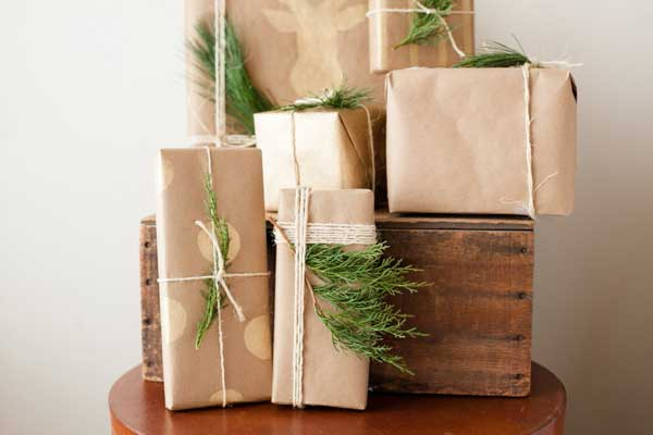 Handmade Presents Are The Best Kind Of Presents - 10 Easy DIY ...