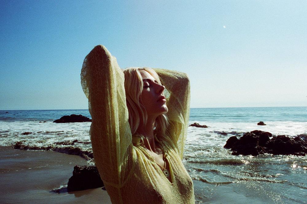 AliciaChandlerCo_EmilyLanders_Malibu_Vintage-7.jpg