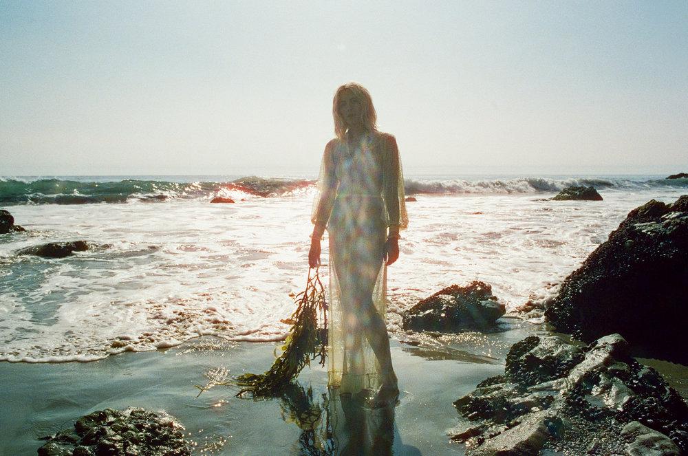 AliciaChandlerCo_EmilyLanders_Malibu_Vintage-9.jpg