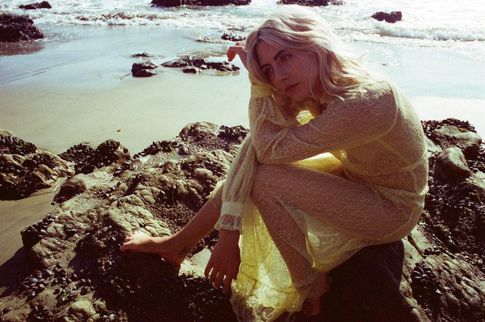 AliciaChandlerCo_EmilyLanders_Malibu_Vintage-14.jpg