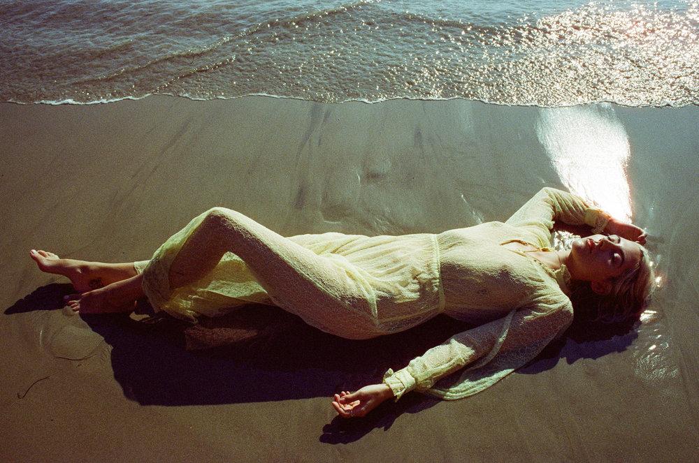 AliciaChandlerCo_EmilyLanders_Malibu_Vintage-25.jpg