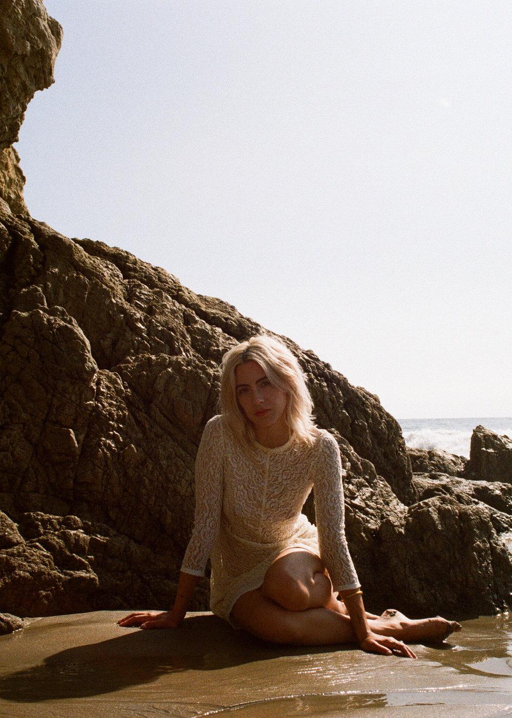 AliciaChandlerCo_EmilyLanders_Malibu_Vintage-40.jpg