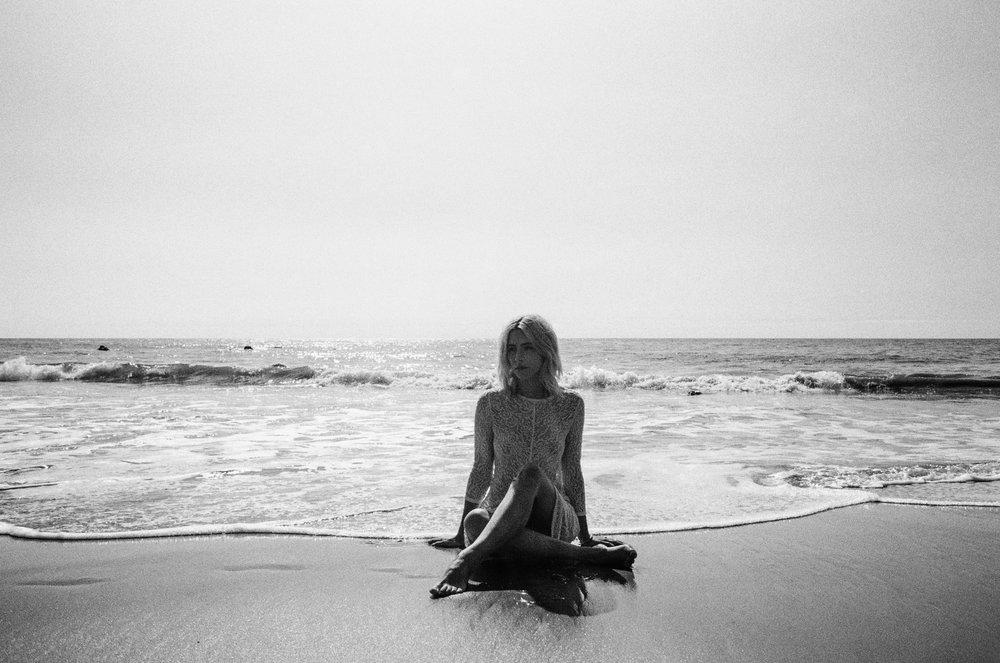 AliciaChandlerCo_EmilyLanders_Malibu_Vintage-45.jpg