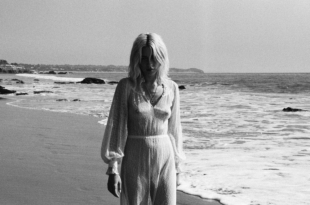 AliciaChandlerCo_EmilyLanders_Malibu_Vintage-49.jpg