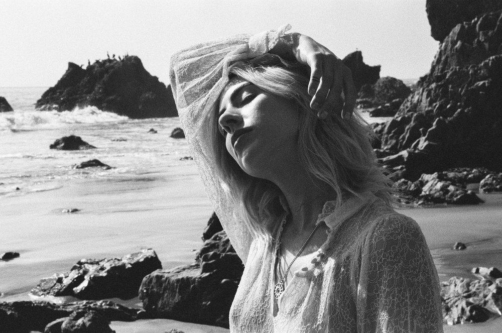 AliciaChandlerCo_EmilyLanders_Malibu_Vintage-67.jpg