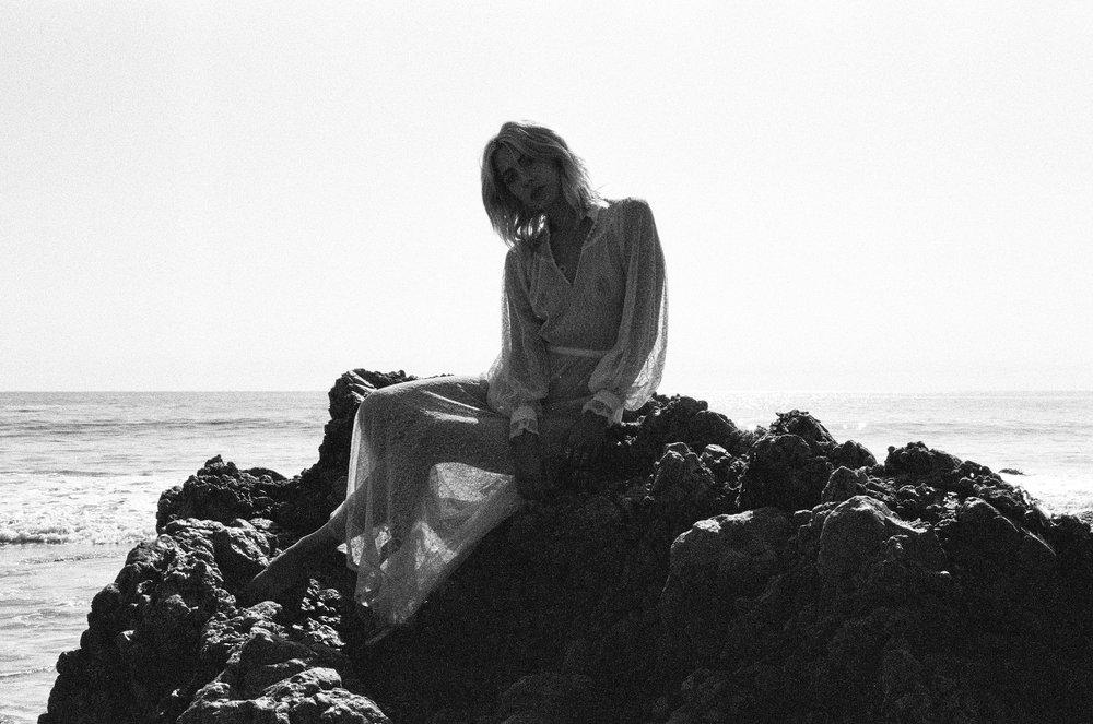 AliciaChandlerCo_EmilyLanders_Malibu_Vintage-69.jpg