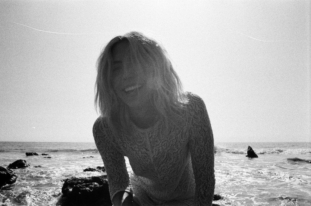 AliciaChandlerCo_EmilyLanders_Malibu_Vintage-79.jpg