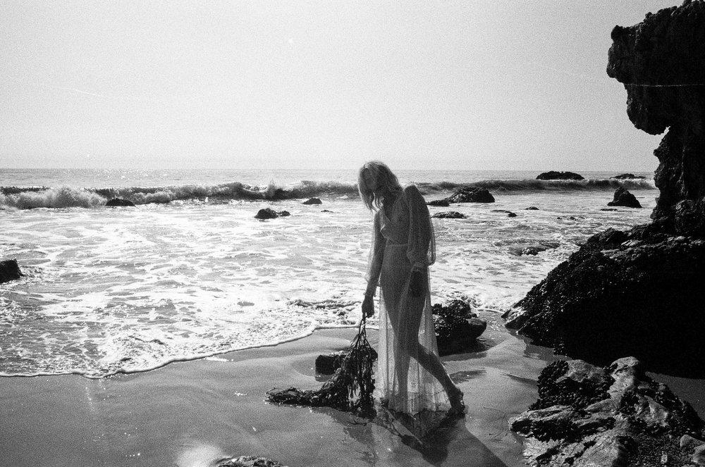 AliciaChandlerCo_EmilyLanders_Malibu_Vintage-103.jpg
