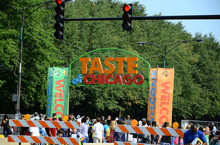 "<a href=""http://www.flickr.com/photos/46537024@N02/7596914532"">Welcome To The Taste Of Chicago</a> via <a href=""http://photopin.com"">photopin</a> <a href=""https://creativecommons.org/licenses/by/2.0/"">(license)</a>"