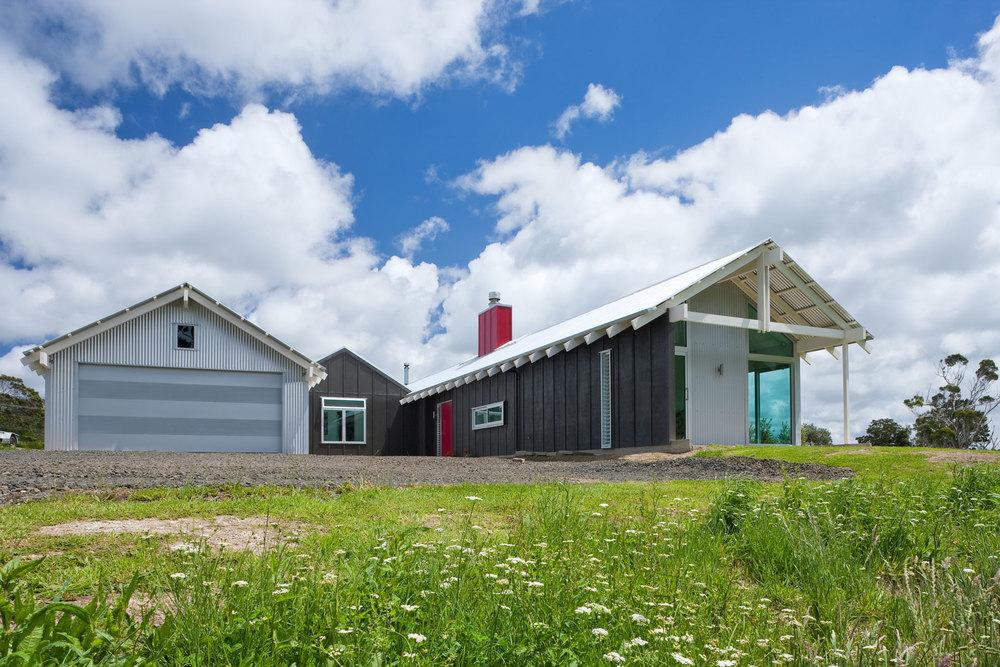 K  Leuschke Kahn Architects_Kumeu house, LKA__CM17375.jpg