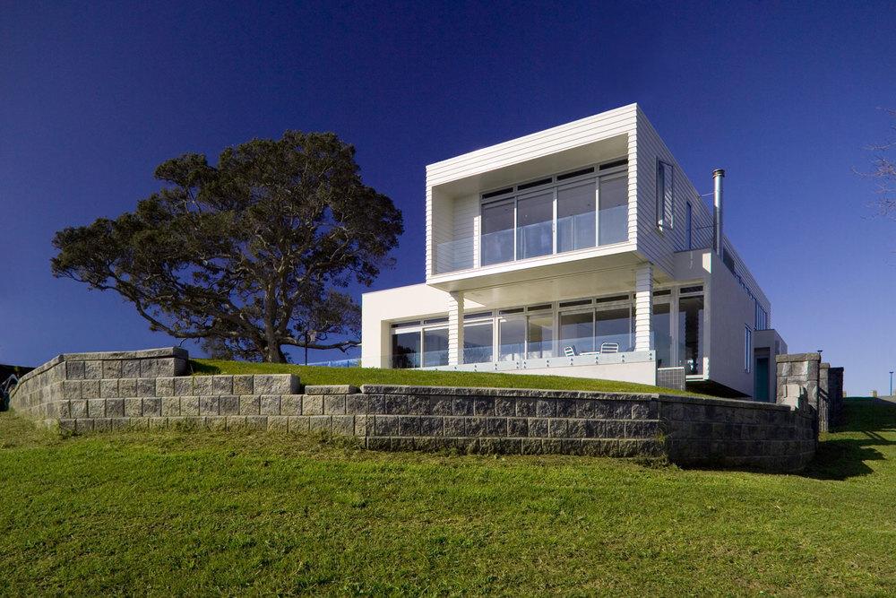 C Leuschke Kahn Architects_CompassPt LKA_F2J94449.jpg