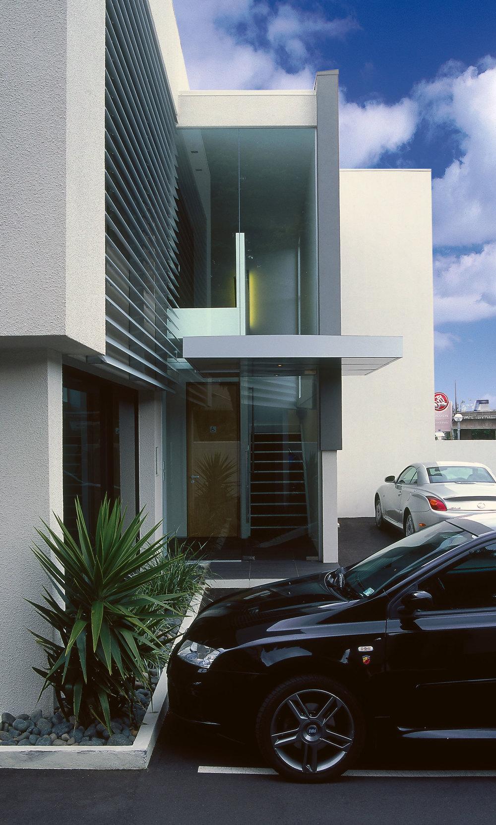 Z Leuschke Kahn Architects_Zel Commerical LKA_PL-03crop.jpg