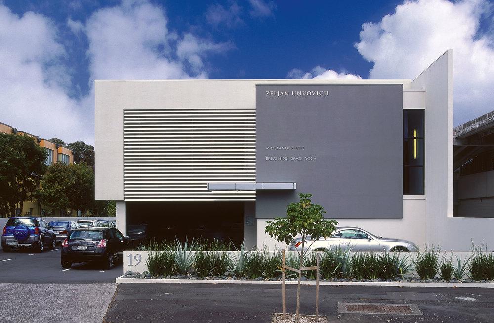 Z Leuschke Kahn Architects_Zel Commerical LKA_PL-04crop.jpg