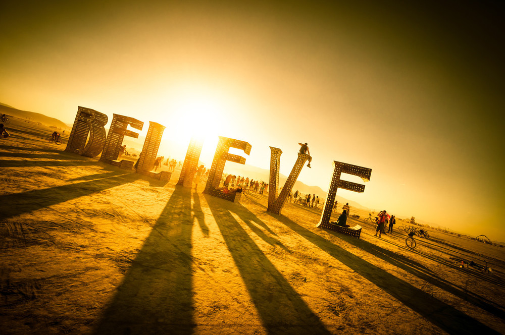 'BELIEVE' - Black Rock City, 2013 - Artists: Jeff Schomberg, Laura Klimpton. Photo: Trey Ratcliff