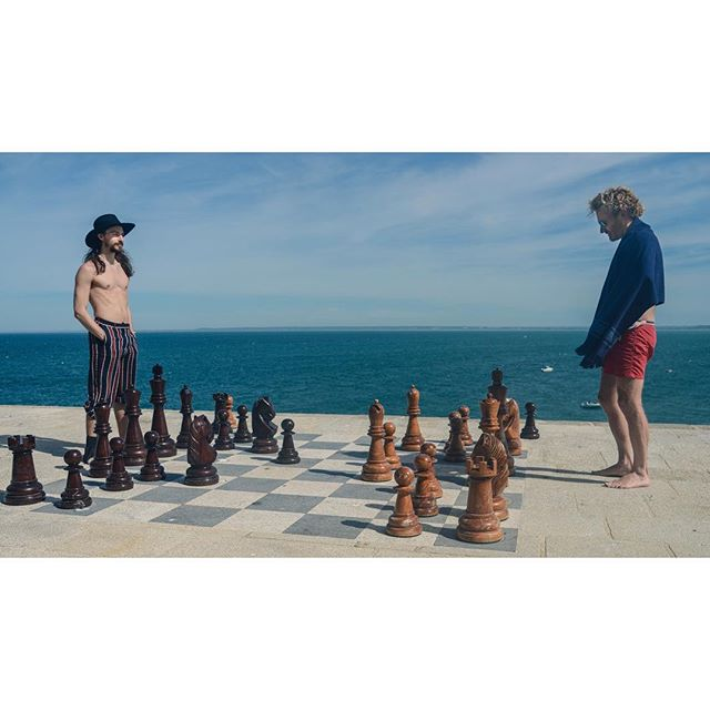 Your move ..::..