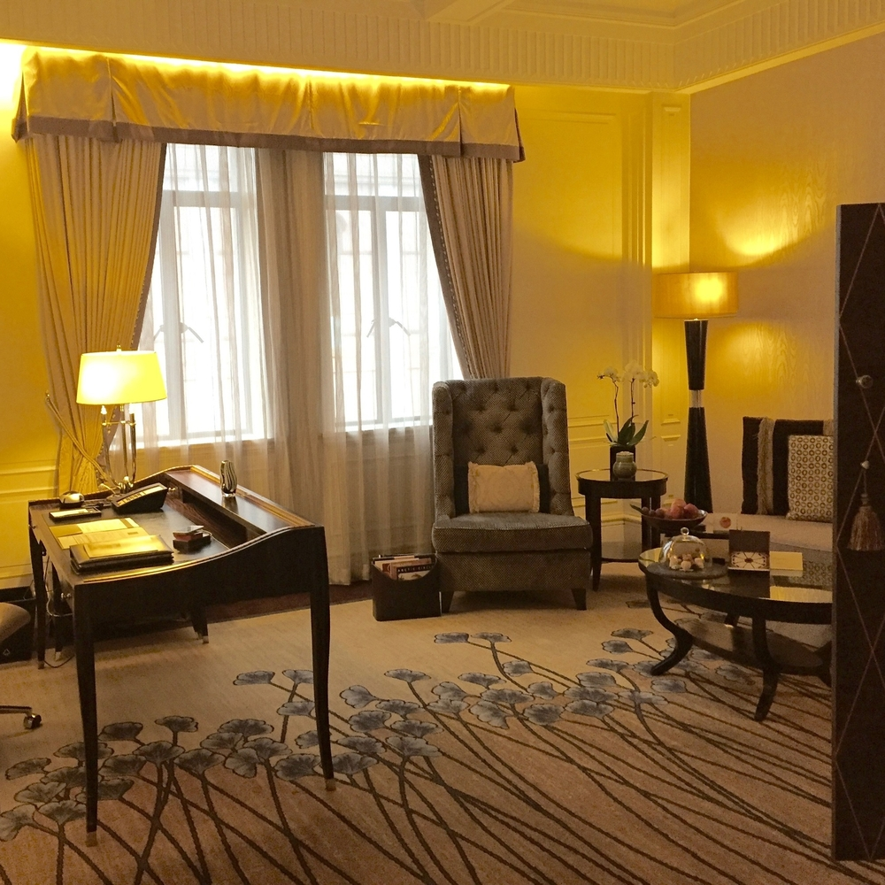 fairmont-peace-shanghai-one-bedroom-suite