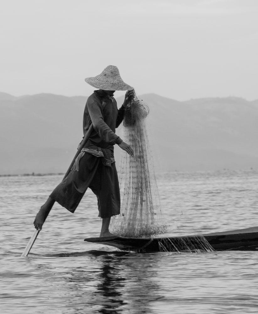 Leg Rower - Mandalay, Myanmar.jpg