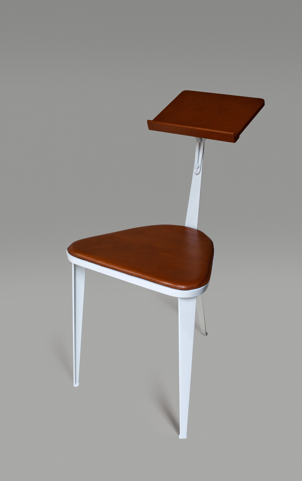51_Bill_Amberg_Studio_Chair_Carl_Glover.jpg