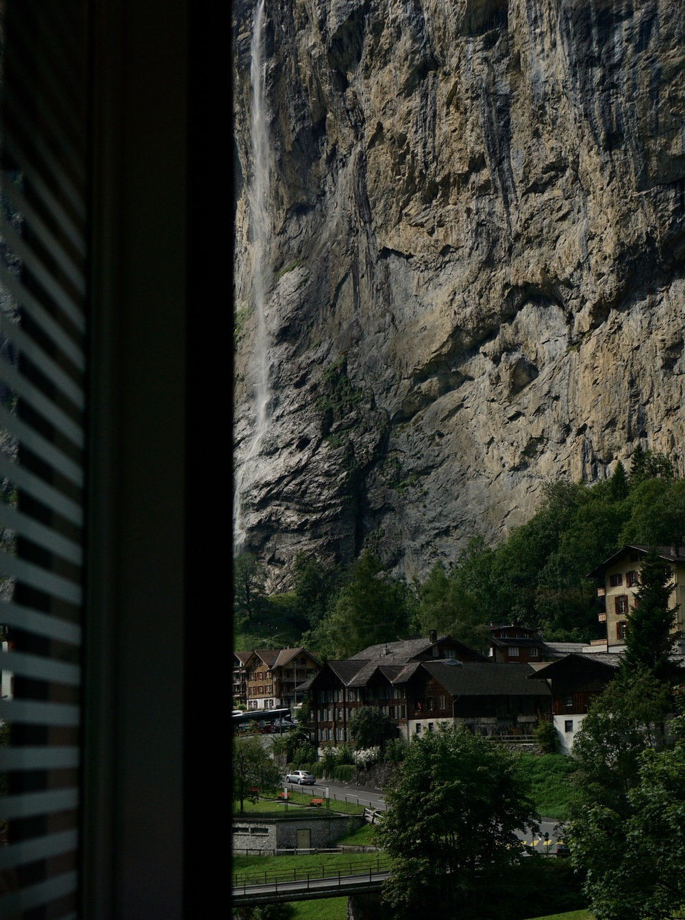 A glimpse of Lauterbrunnen on our way up the Mountains